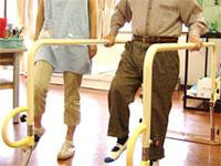 歩行訓練・起立訓練01